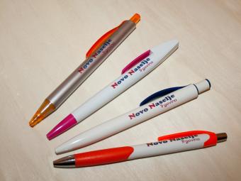 Color print na kemijske olovke