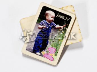 Drveni magnet s motivom Vašeg djeteta